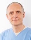 Portrait Dr. Volker Ludwig, Zahnarztpraxis Dr. Ludwig und Kollegen, Fürth, Oralchirurg (Fachzahnarzt für Oralchirurgie), Zahnarzt, Implantologie: Knochenaufbau, Kinderzahnheilkunde, Endodontie (Wurzelbehandlung mit Mikroskop)