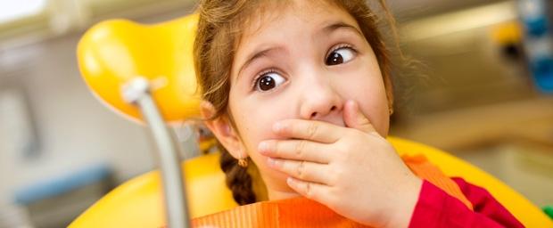 Zahnarztangst vorbeugen bei Kindern